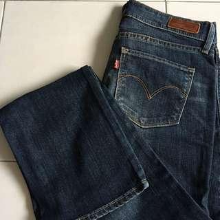 Levis Lady Style Jean