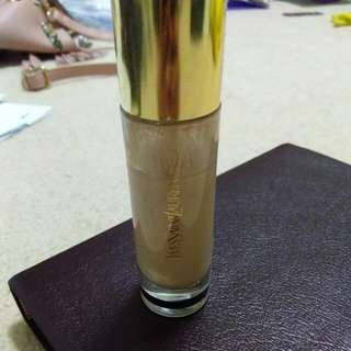 YSL Le Teint Touche Eclat Foundation (Yves Saint Laurent)