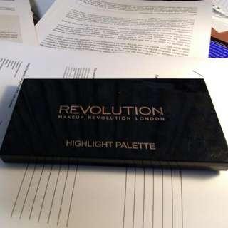 Makeup Revolution Highlighter Lights Palette