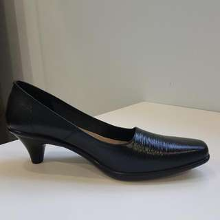 sepatu catherine
