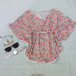 Floral Adjustable Blouse
