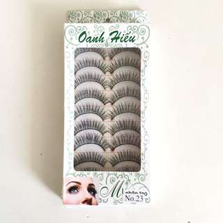 False Eyelashes: Style #23