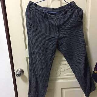 Uniqlo格紋長褲