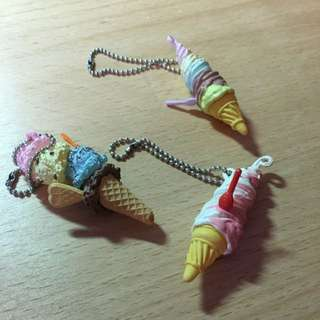 SET OF HIGH QUALITY ICE-CREAM KEYCHAIN CHARMS FROM RE-MENT PUCHI