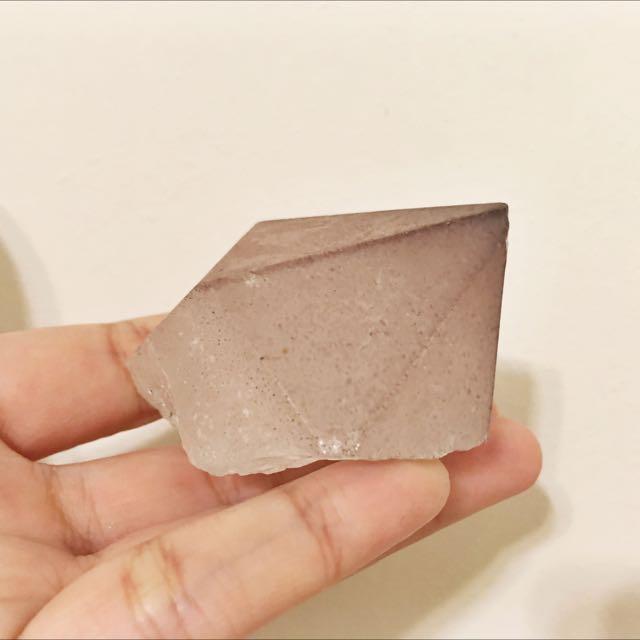 天然礦石草莓晶