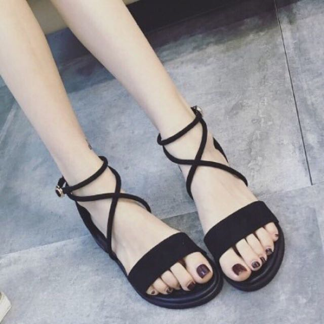 韓版低跟綁帶涼鞋