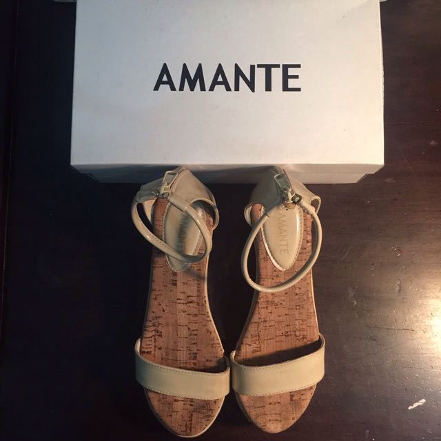 AMANTE Wedges