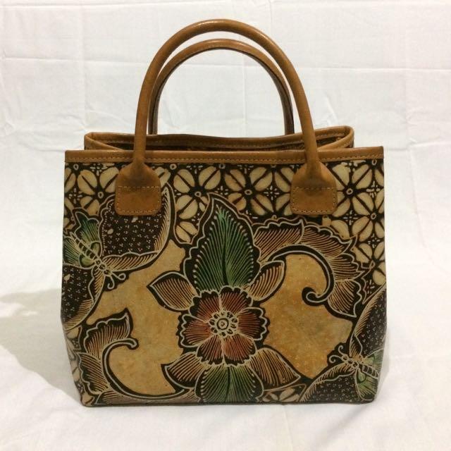 Batik Kulit Handbag