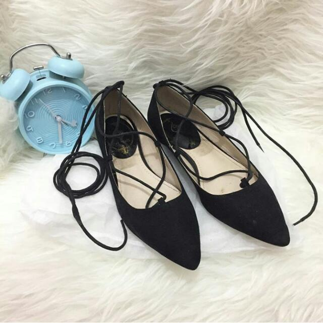 Cat Walk Lace Up Flatshoes