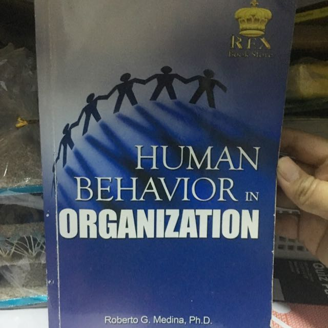 human behavior in an organization Human behavior and organization --- this is a course in the diagnosis & management of human behavior in organizations one of the most important keys to your success as a manager is the ability to generate energy & commitment among people within an organization and to channel that energy and commitment toward critical organizational.