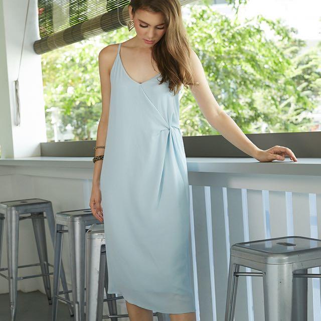 INTQ Intoxiquette BNIB Powder Blue Sable Twist Knot Chiffon Slip Dress