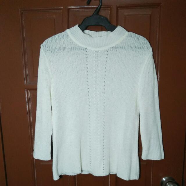 Knitted White Longsleeves