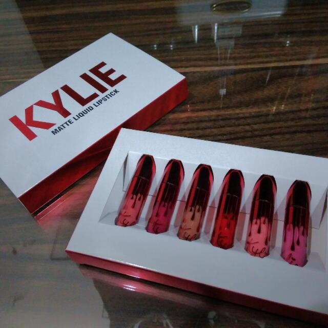 KYLIE MATTE LIQUID LIPSTICK VALENTINE EDITION / LIPSTIK LONGLASTING AND PIGMENTED KYLIE JENNER/ RED FUSCHIA NUDE