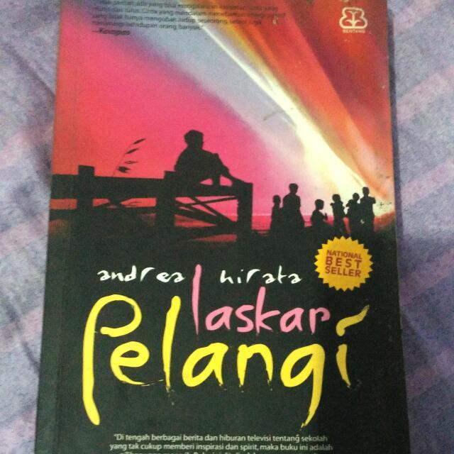 Novel Best Seller Laskar Pelangi