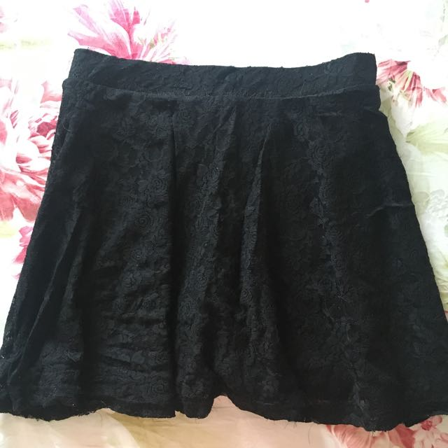 Preloved Black Lacey Skirt F21