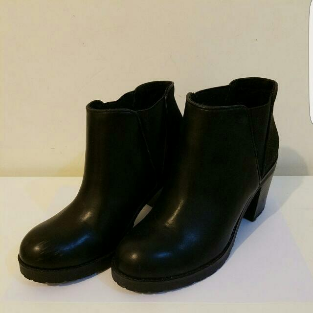 Pull & Bear Low Cut Boots