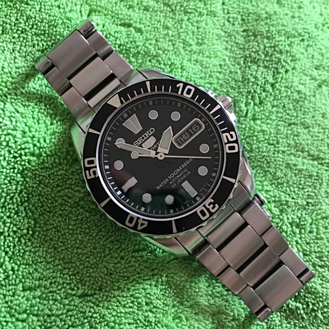 b3b4d64f Seiko 5 Sports SNZF29k1 'Baby Urchin', Men's Fashion, Watches on Carousell