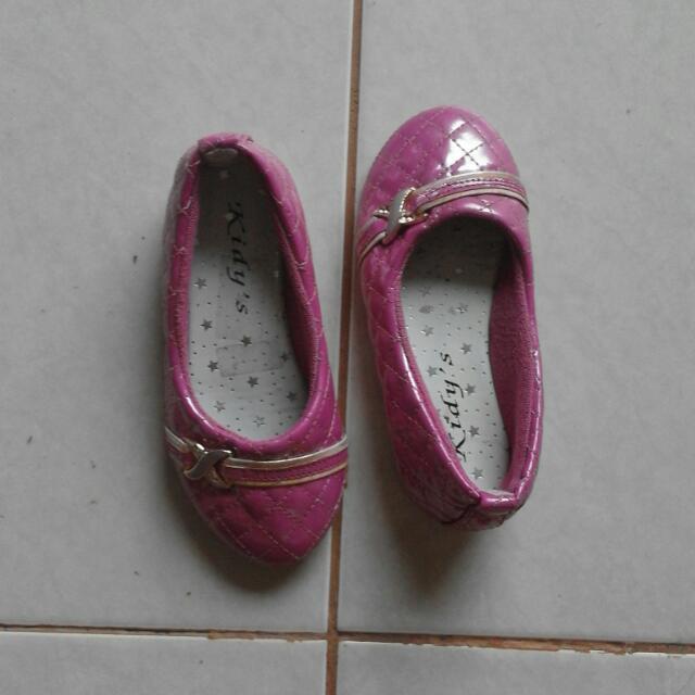 Sepatu Anak Size 24