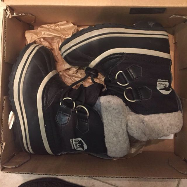 Size 9 Toddler Unisex Sorel Winter boots