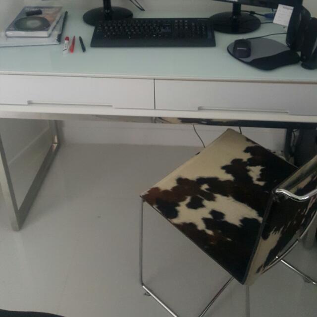 Study Desk S$ 75 ( L 121 × w 156 × h 77)