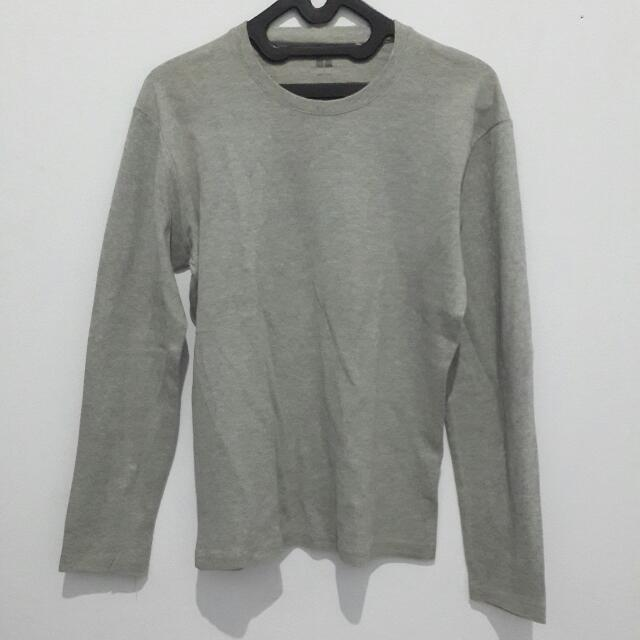 UNIQLO Longsleeves