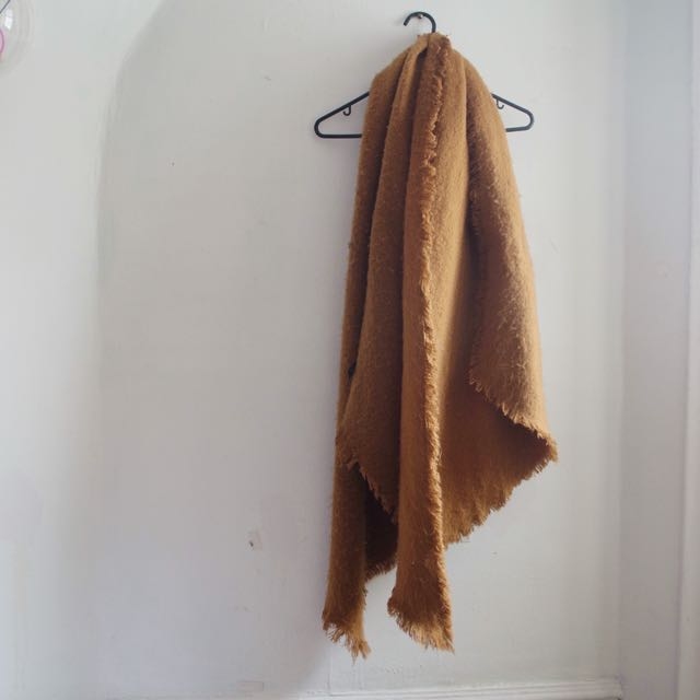 URBAN OUTFITTERS Blanket Scarf.