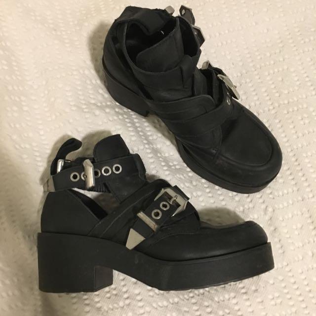 Size 7 Windsorsmith Black Boots