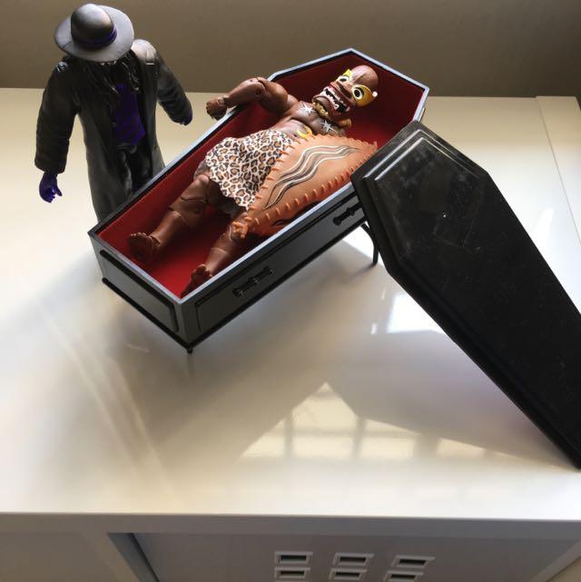 WWE The Undertaker Casket Playset Figure Accessories