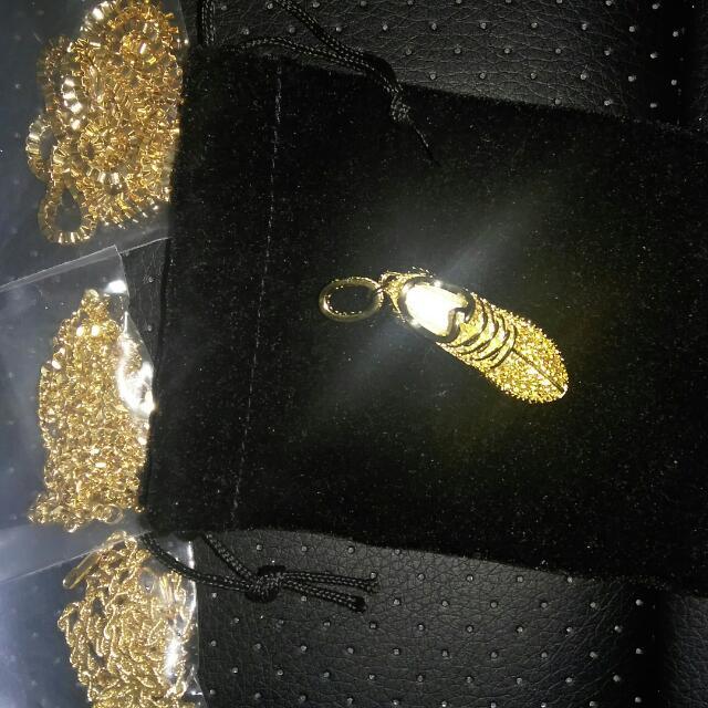 Yeezy 350 Keychain And Pendant