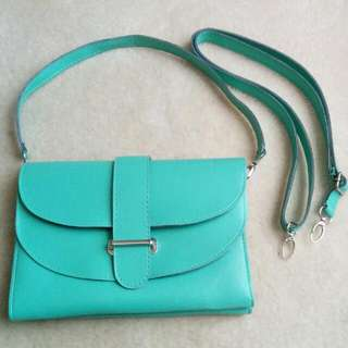 Mint Green Purse With Interchangeable Straps