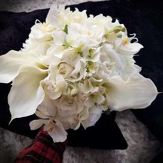 White Themed Artifical Wedding Bouquet/Flower