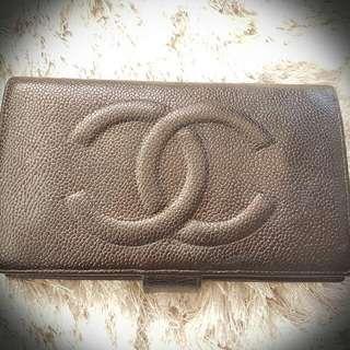 Authentic Vintage Chanel Black Caviar Bi-fold Wallet