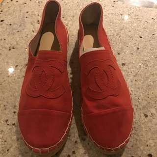 Chanel Coral Espadrilles In Size 7 But Fit Like A Size 6