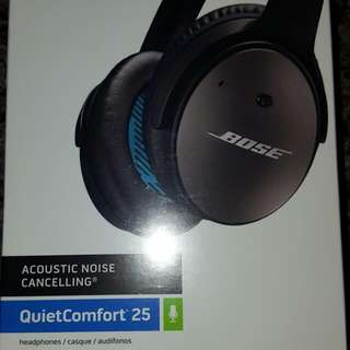 BNIB Sealed BOSE Acoustic Noise Cancelling Quiet Comfort 25