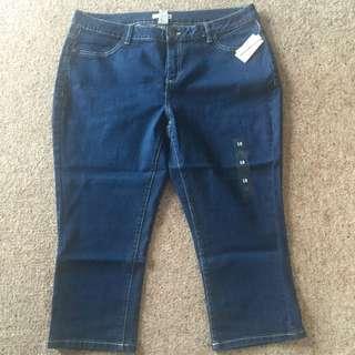 NEW sz 18 Target 3/4 Jeans