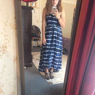 Dress Size: Medium