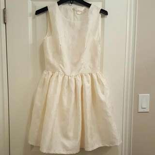 BNWT Honey Floral Dress