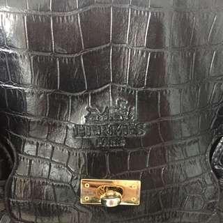 non authentic hermes purse