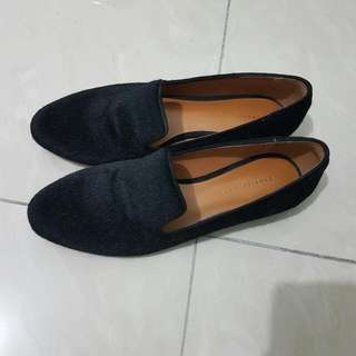 100 % Charles N Keith Black Shoes