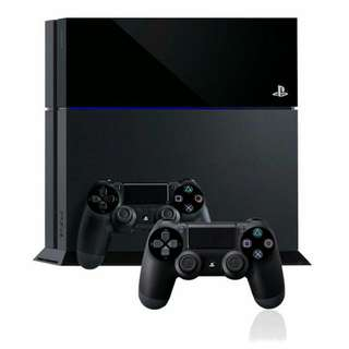 PS4 500GB With 2 Controllers + 7 Games