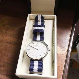 DW 藍白帶大錶面款