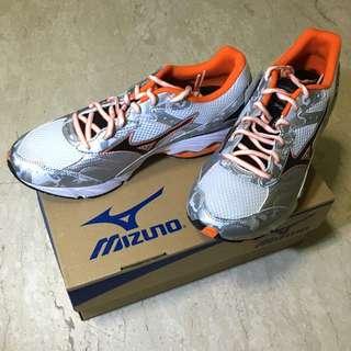 Mizuno Wave Glory Running Shoes