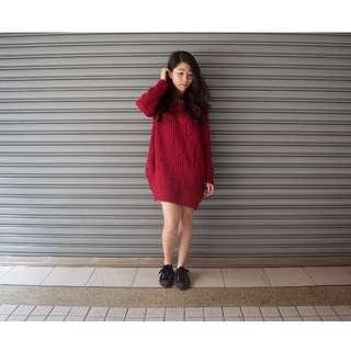 桃紅色針織毛衣