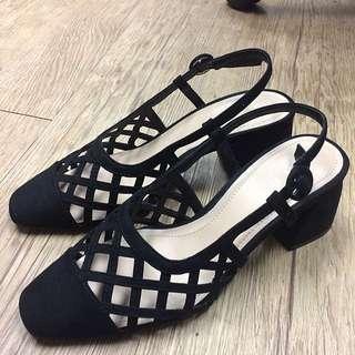 ZARA麂皮菱格紋方跟鞋