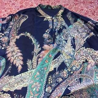 Printed batwing blouse