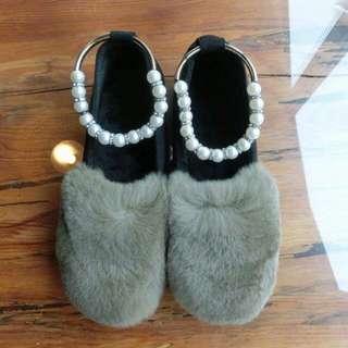 漂亮毛毛珍珠平底鞋(24.5)