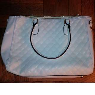 new white purse. never used.