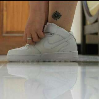 REPRICE!!! Nike Air Force 1 AF1 '82 White