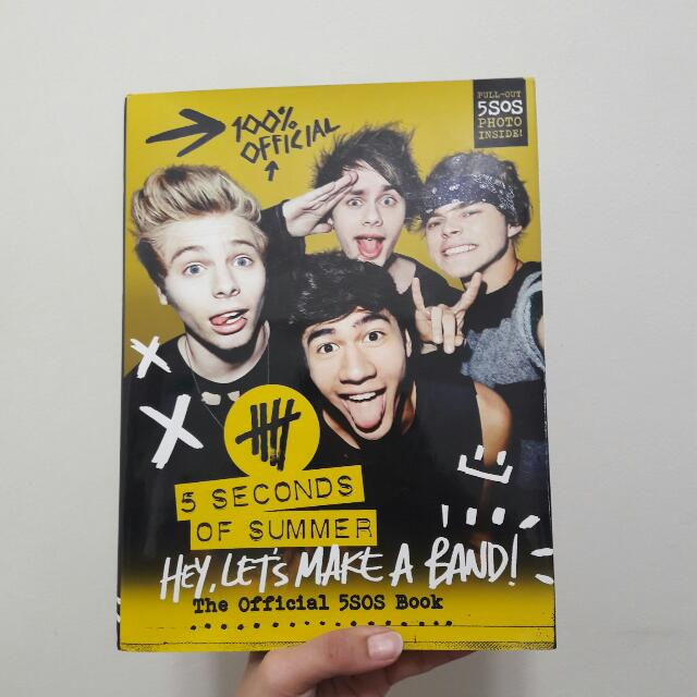 "REPRICED!! 5SOS - ""HEY LET'S MAKE A BAND"" OFFICIAL TOUR BOOK"