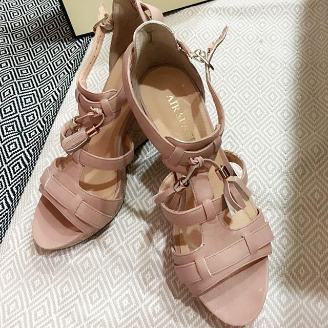 高跟鞋(杏色)